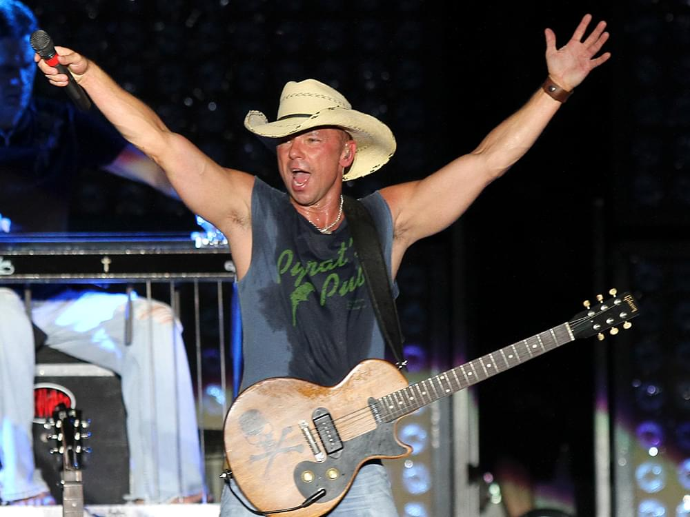 Kenny Chesney to Receive 2020 Humanitarian Award From Country Radio Broadcasters