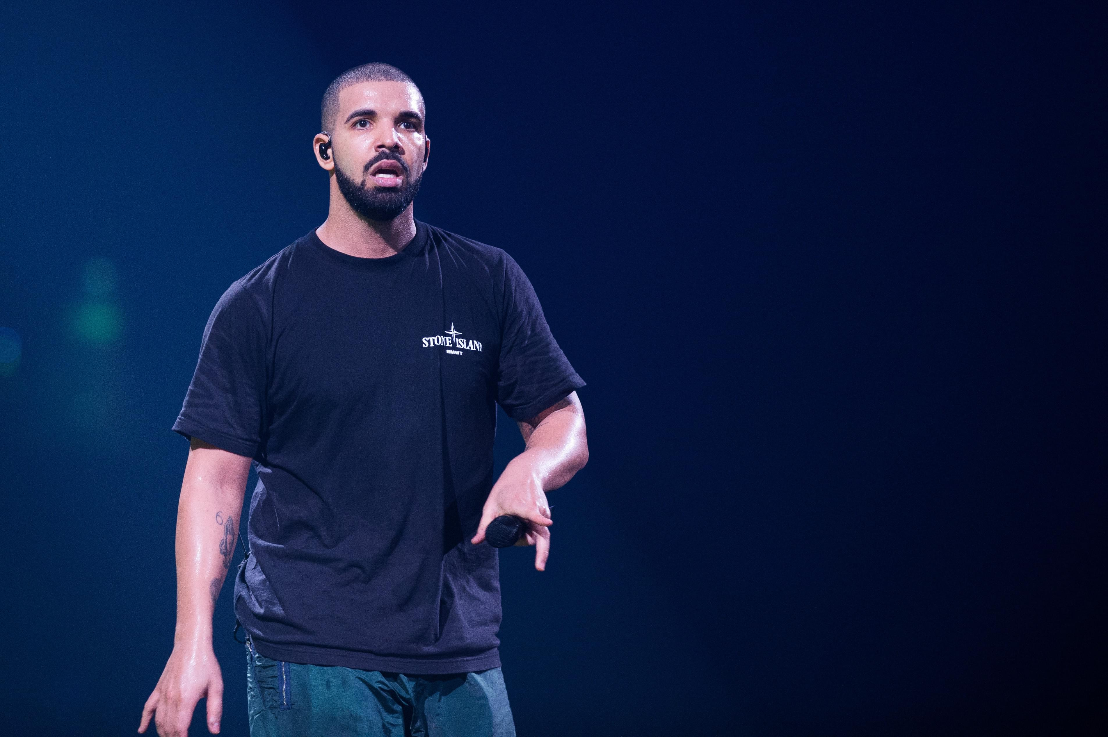 Did Drake Remove his Song with Michael Jackson from his Setlist?