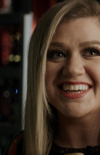 Kelly Clarkson Gives A Sneak Peek Of 'The Kelly Clarkson