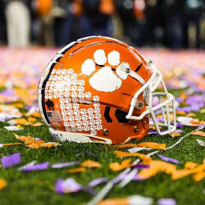 LAMM AT LARGE: Time to restrict college football's 'arms race'