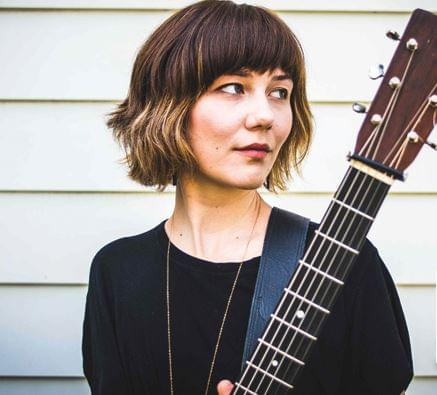 LIVE @ 5: Molly Tuttle – 3/28/19