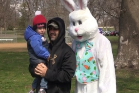 5th annual Decatur IL Moms Easter Egg hunt (Video)