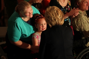 Clinton in Springfield on Campaign Tour Stop (photos)
