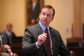 Manar not running for governor in 2018