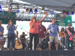 Mayor Officially Opens Decatur Celebration