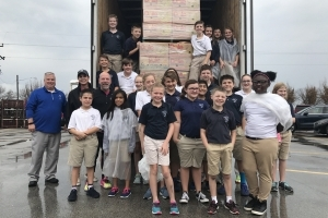 October 9, 2017 – WSOY Community Food Drive 2017 Exceeds Goal 1.5 Million Pounds of Food Collected in Decatur, Illinois