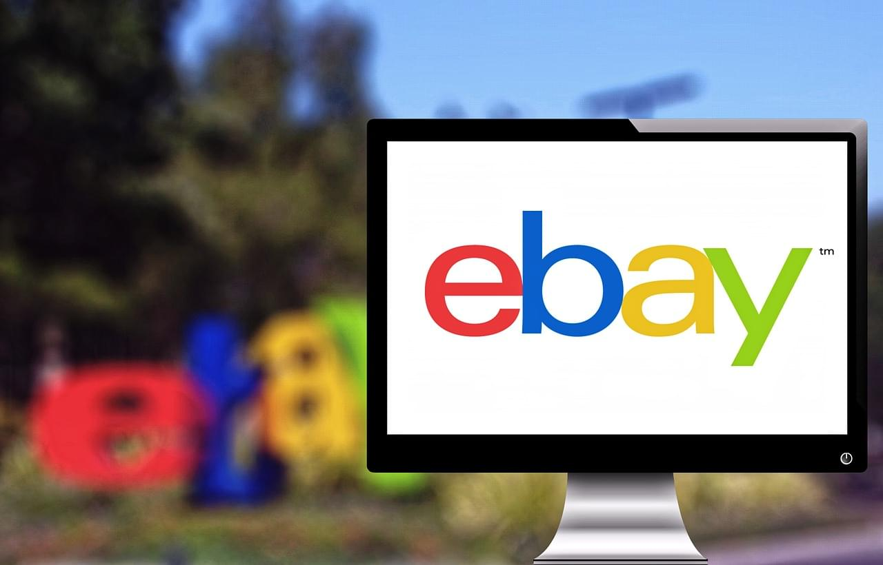 You Can Own a Piece of TOYS 'R US Thanks to Ebay