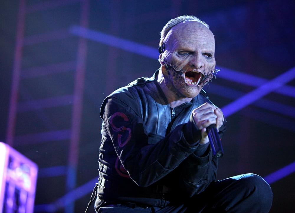 SLIPKNOT Meets B-52s in 'Slipshack' Mashup