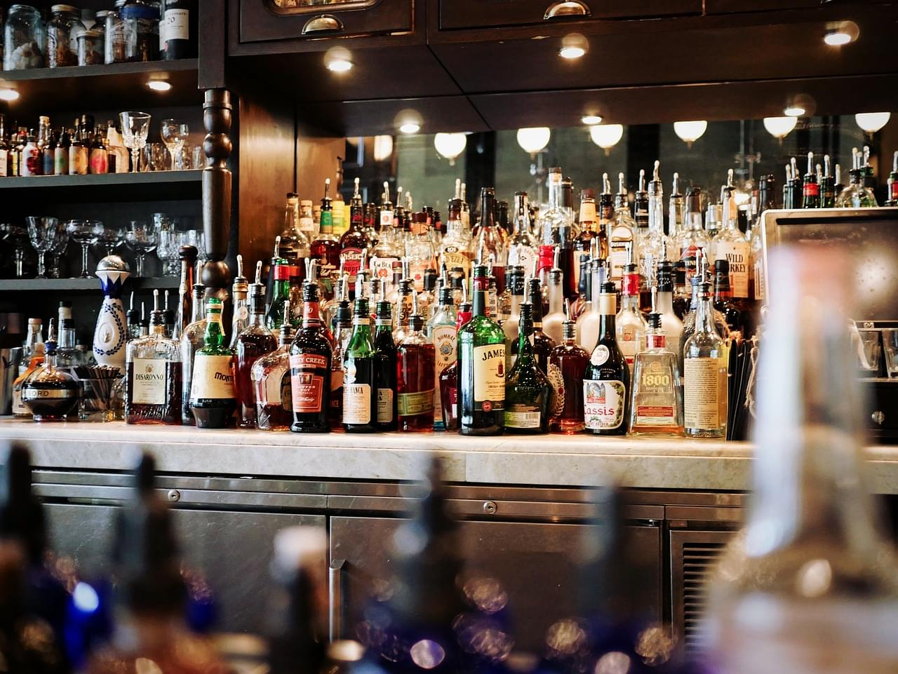 Canadian Bar Patron Gets 'Ticket' for Drinking Responsibly