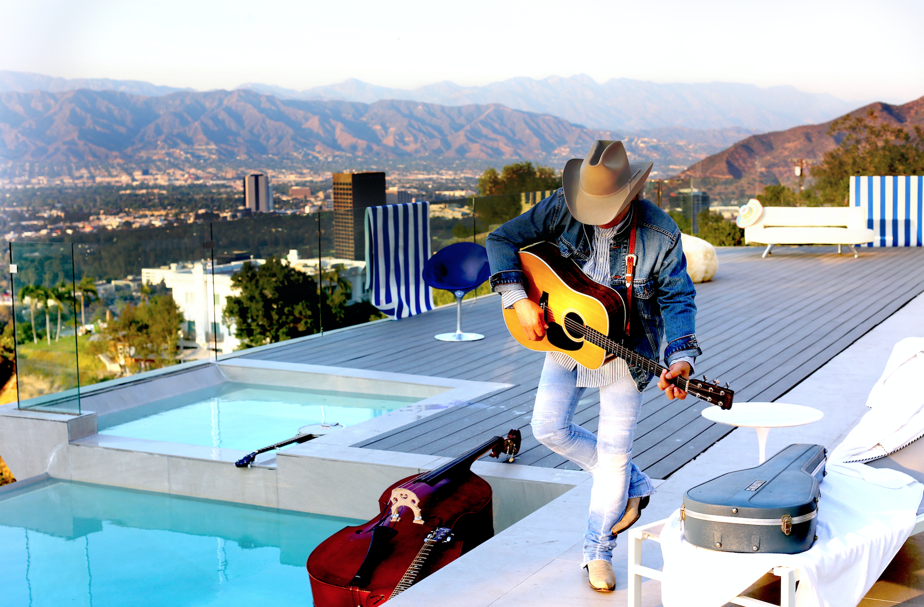 Dwight Yoakam Returns to Springfield!