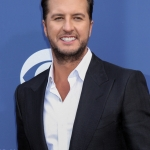 "VIDEO: Luke Bryan ""What Makes You Country"""