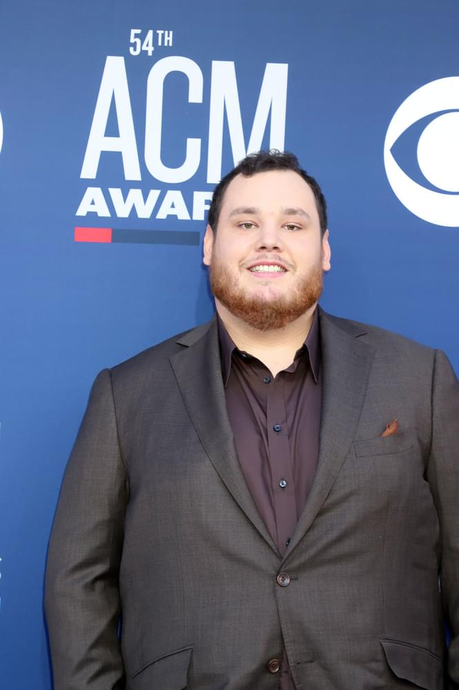 """New Video: Luke Combs """"Even Though I'm Leaving"""""""