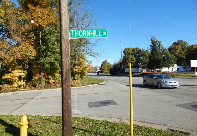 T_15_Thornhill_lookingN