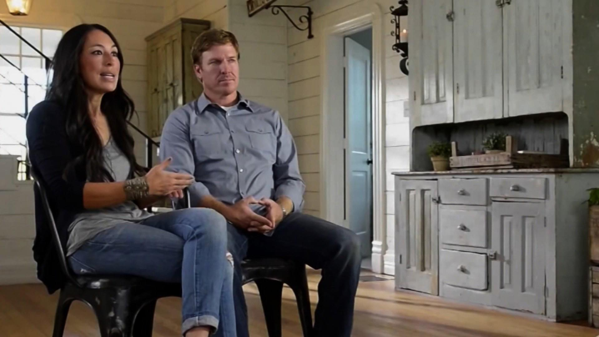 Chip And Joanna Gaines Are Delivering Up 15 Half Hour Episodes Of A Fresh Companion Series Fixer Upper Behind The Design That Will Give Fans