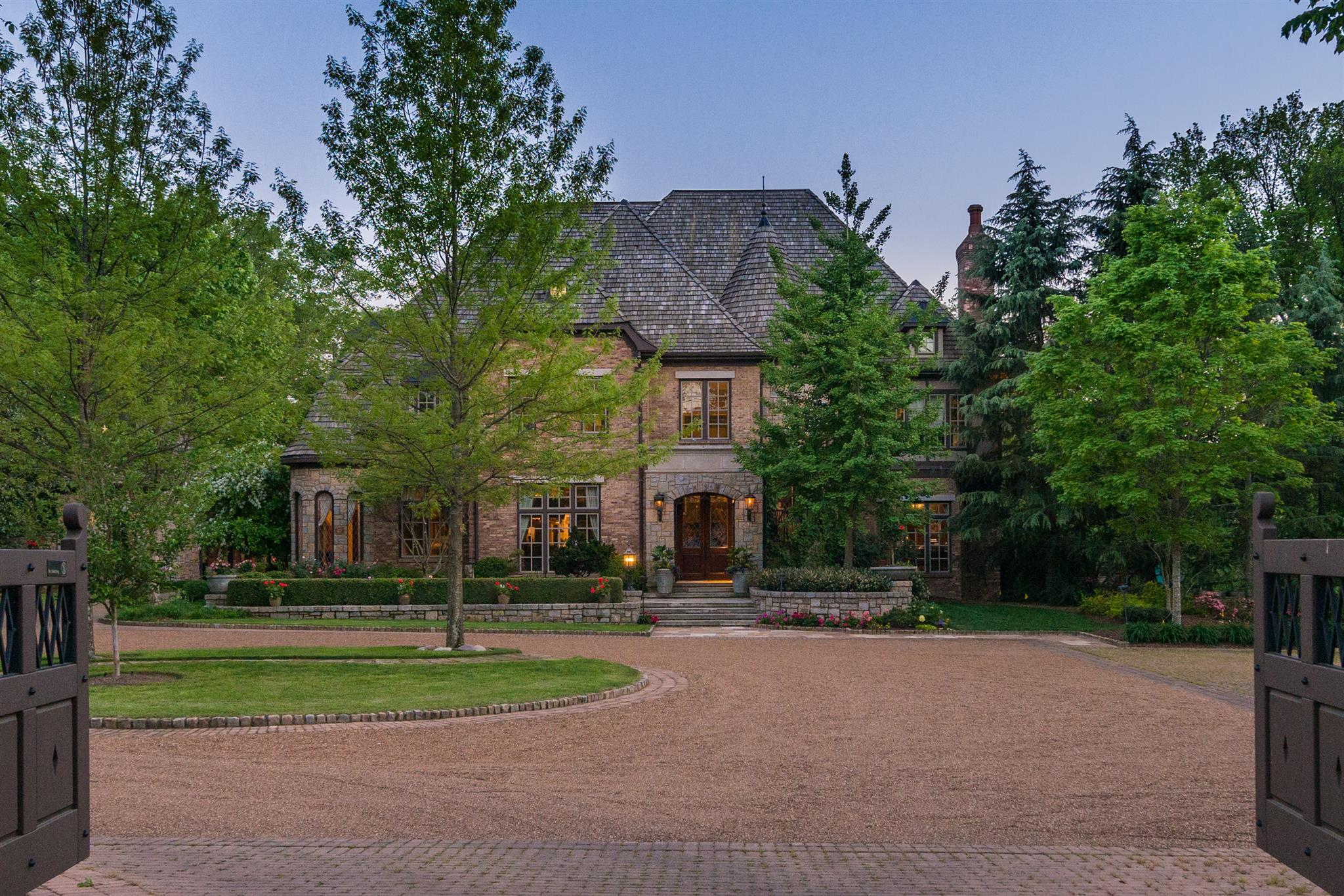 Listed At 18 5 Million This Country Music Has The Most Expensive House For In Tennessee Photo Gallery