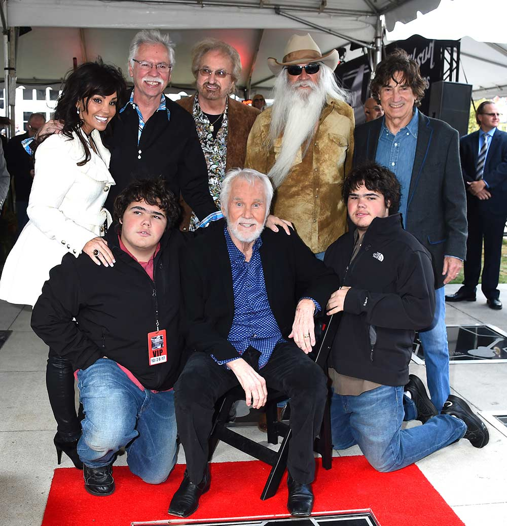 Photo Gallery Kenny Rogers Inducted Into Music City Walk ...